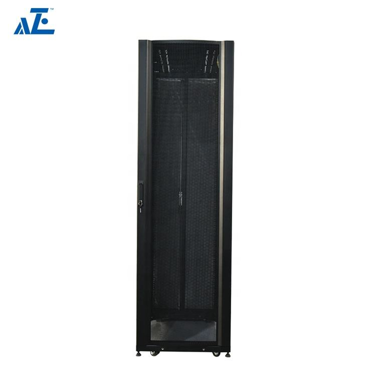 Cina Fornitura di 45U MetalServer Rack con Fori Perforati Server Rack Universale Rails per Medio/Ad alta Densità di Server
