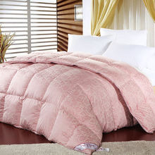 90% Sticky Goose Down Throw Velvet Patchwork Quilt 100% Pink Silk Sateen Jacquard Style Fabric Comforter
