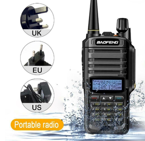 Talkie-walkie militaire baofeng étanche radio double bande IP67 radio bidirectionnelle talkie-walkie 10w talkie-walkie au pakistan baofeng uv 9r