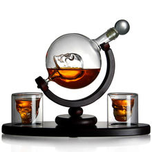 Amazon hot sale 850ML Whiskey Globe Decanter With Wood Base Handmade Skull Shape Liquor Glass Decanter with 2 cups