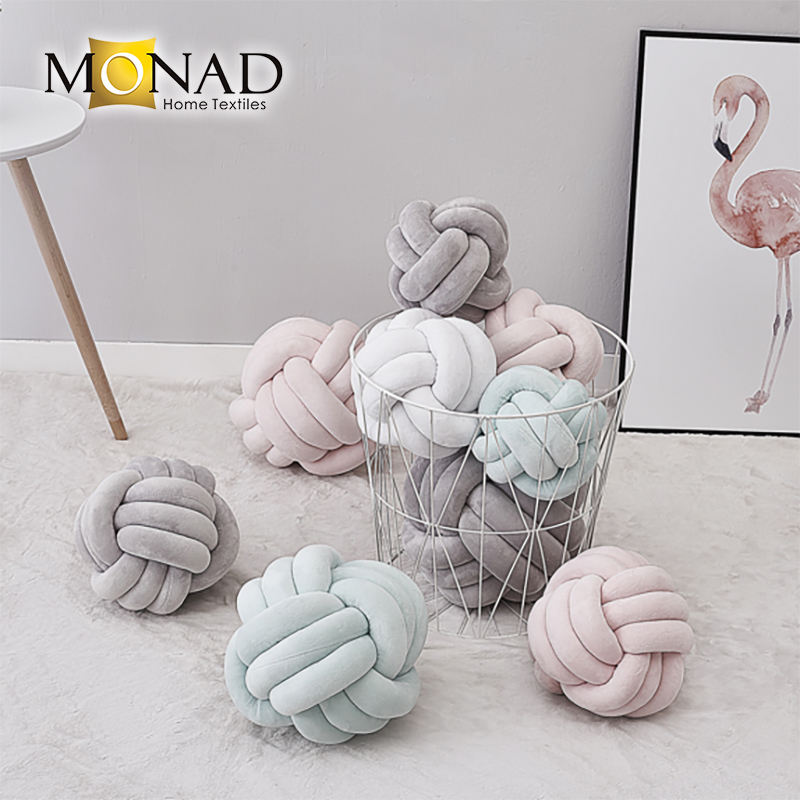 Monad Knot Cushion Round Baby Pillow Best Selling Velvet Chair Children Car Seat Handmade Bedding Christmas 100% Polyester Plain