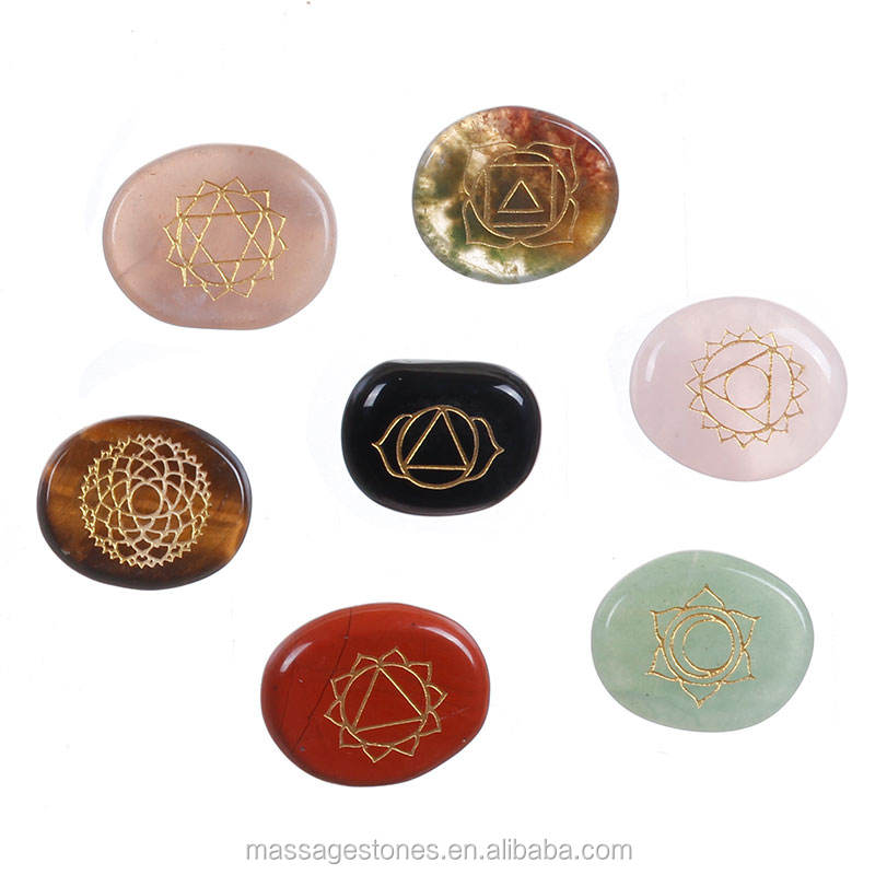 Wholesale Seven Body chakra engraved Reiki sets Healing Crystals Spirituality Energy stones