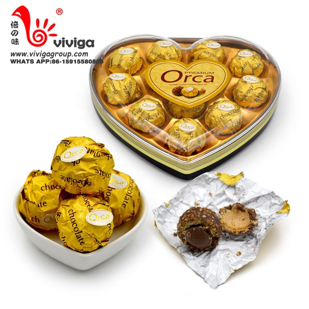 high quality 12pcs sweet chocolate in heart shape box