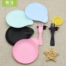 disposable plate set for cake with knife,fork and plate Christmas dessert plate