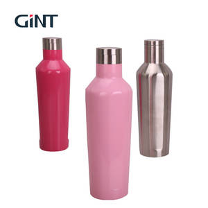 sports drinking water bottle with lid and suatomized logo