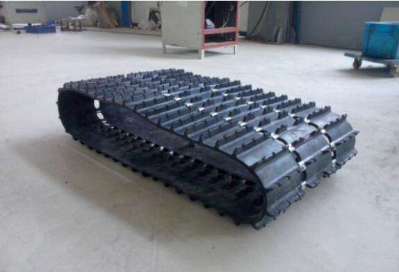 Snowmobile Rubber Track, Small Snow Rubber Track for Winter, Rubber Crawler Track