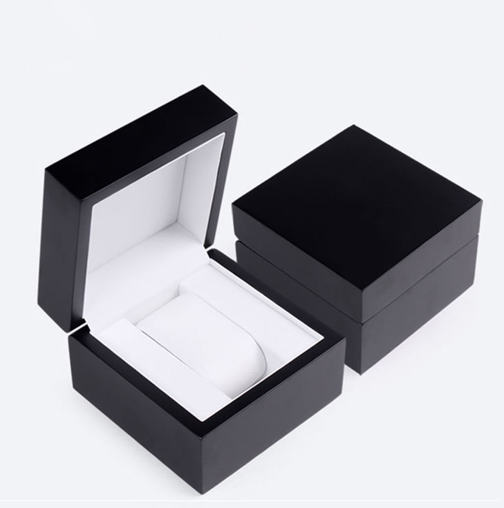 Luxury Custom Logo Black Small Wooden Watch Box Watch Gift Packaging Box In Stock
