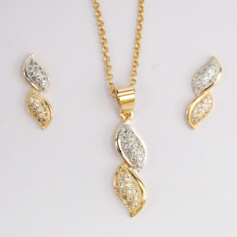 Wholesale Christmas colored CZ rhinestone jewelry 18K Gold Jewelry Set for Women