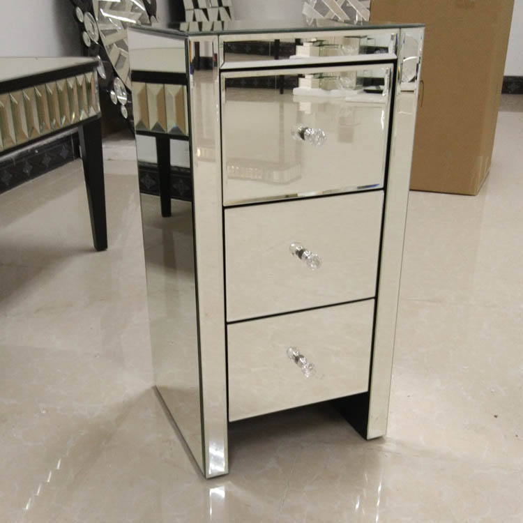 Factory Supply Best Quality Modern Mirrored Furniture 3 Drawer Bedside Table