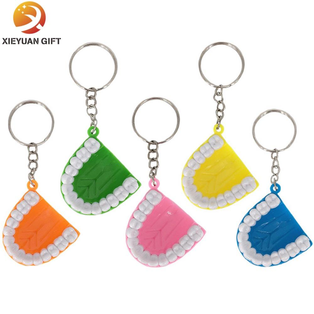 Wholesale 3d plastic craft colorful tooth dental keychain