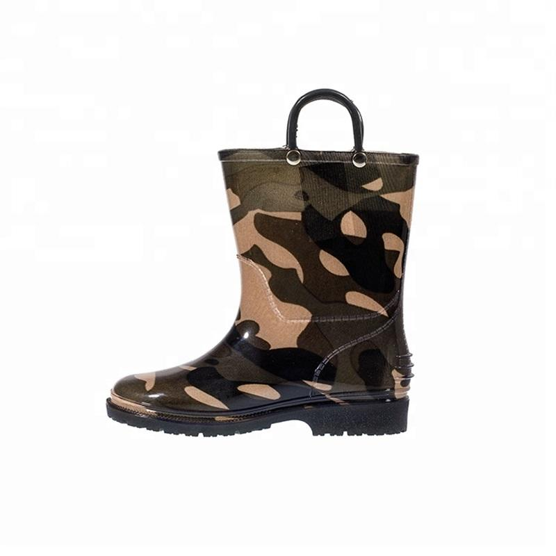 Custom eco-friendly gumboot soft light outsole cheap pvc rain boot