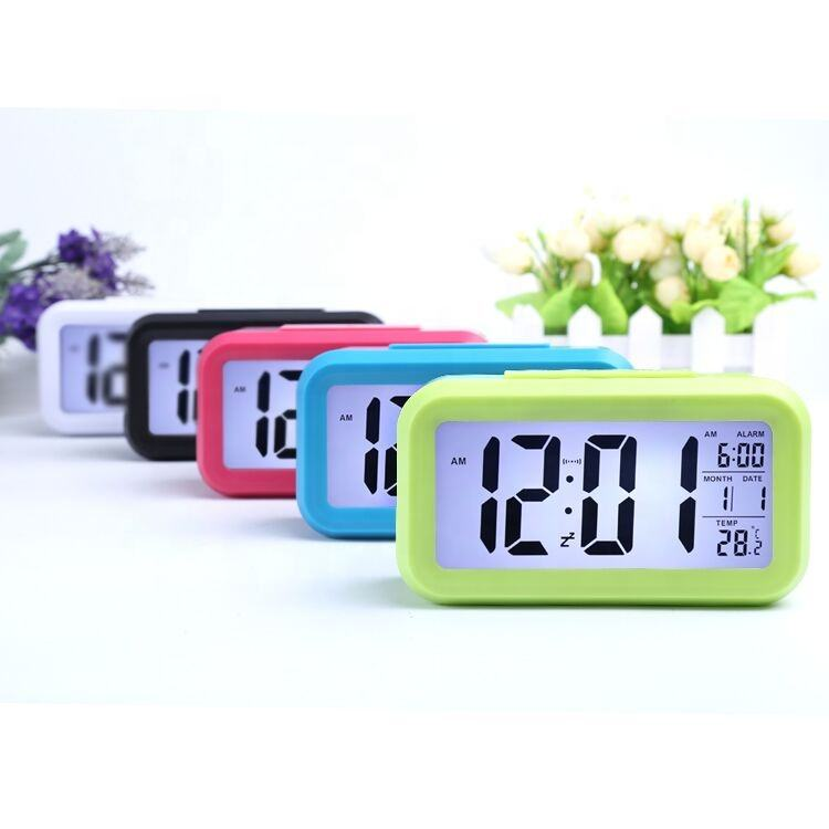 Snooze/Light Large LCD Digital Backlight ce travel Alarm Clock