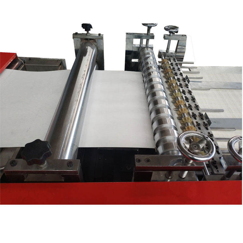 Chinese factory wholesales cabin air filter making machine