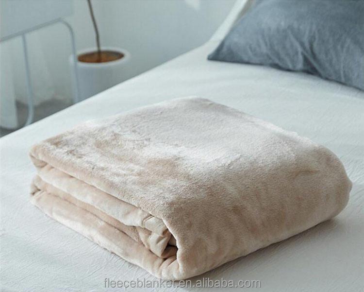 ピュアカラーフランネル毛布幼児子供怠惰な毛布シートカバー自動車カーペット岬膝毛布