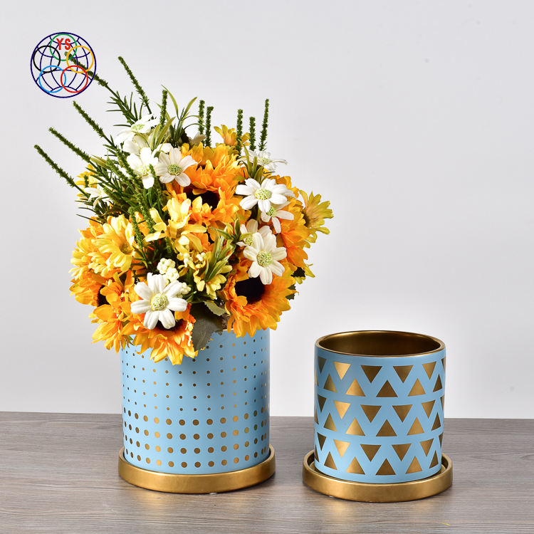 Customized decal golden cup and saucer ceramic flower pot / wedding decoration succulent pots with gold stand