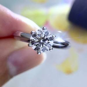 Customization Rings wholeslesale Classic six prong Moissanite rings engagement in 18k white gold