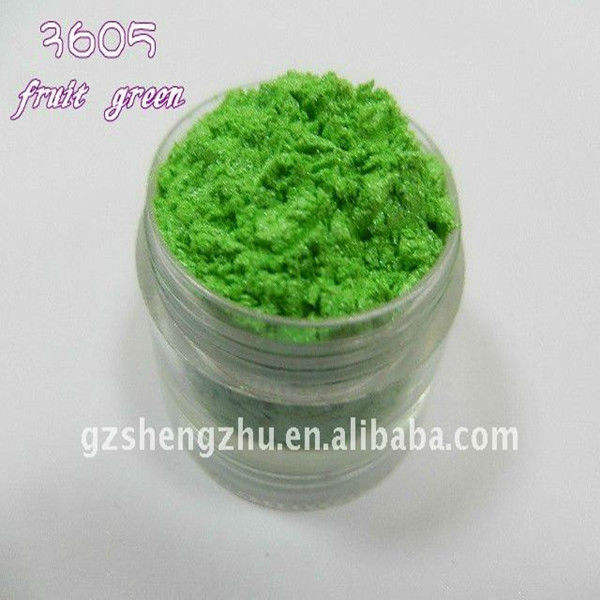 Fruit green pearl pigment with natural mica