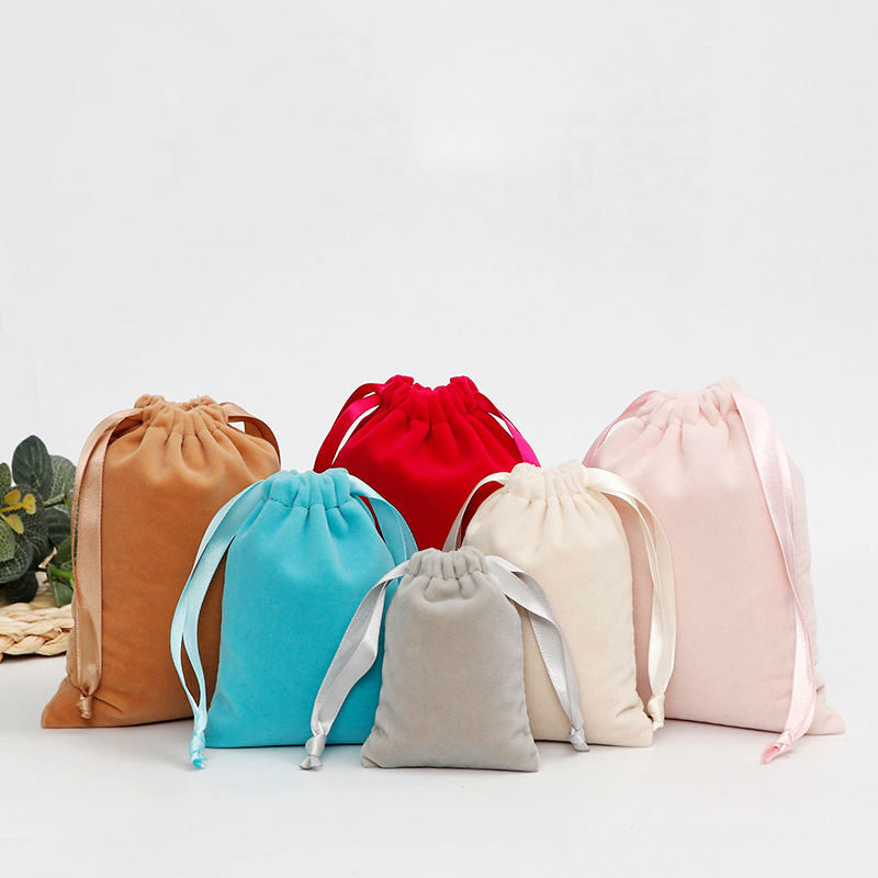 Modern Style Custom Silk Drawstring Luxury Small Flannel Jewelry Pouch Dust Bag