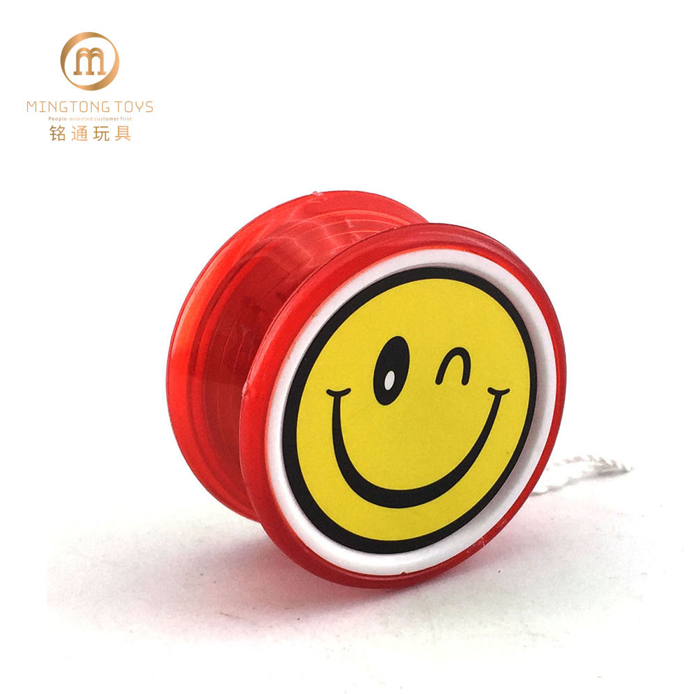 Smiling red yoyo toy ball plastic yoyo toy