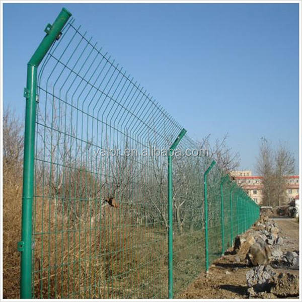 welded wire mesh 12 foot metal fence posts