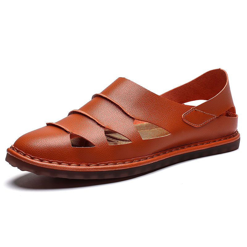 Men's leather sandals big yards of lightweight hole shoes