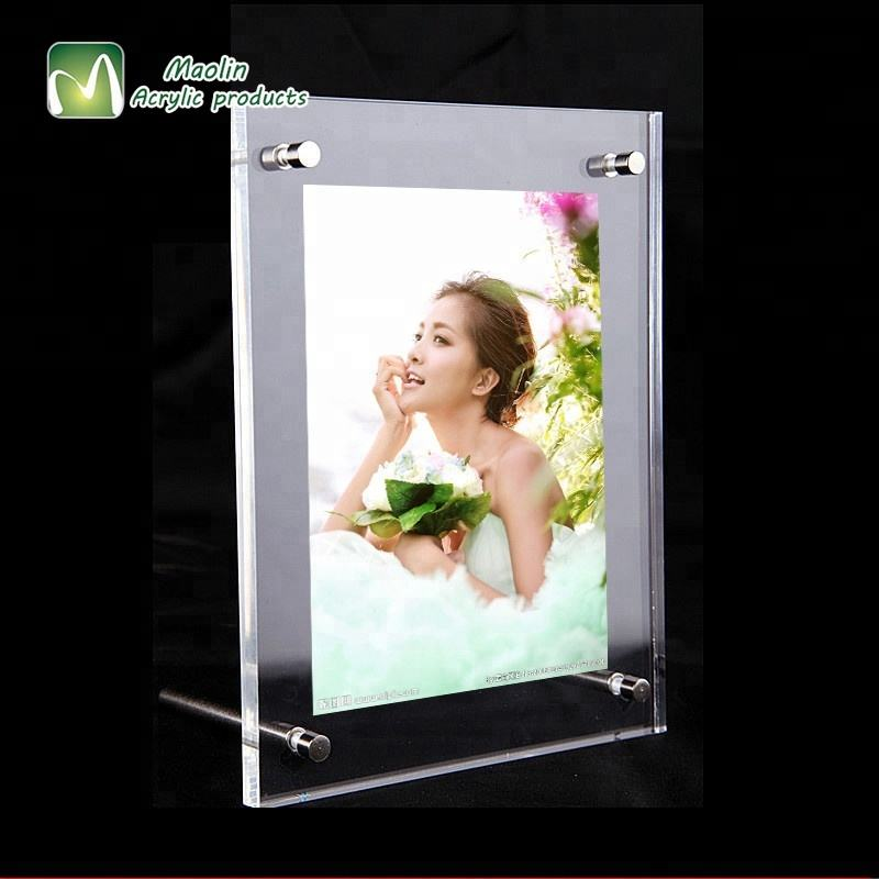 2018 Horizontal or Vertical Wholesale Clear Slanted Acrylic Photo Frame with Standoff Hardware
