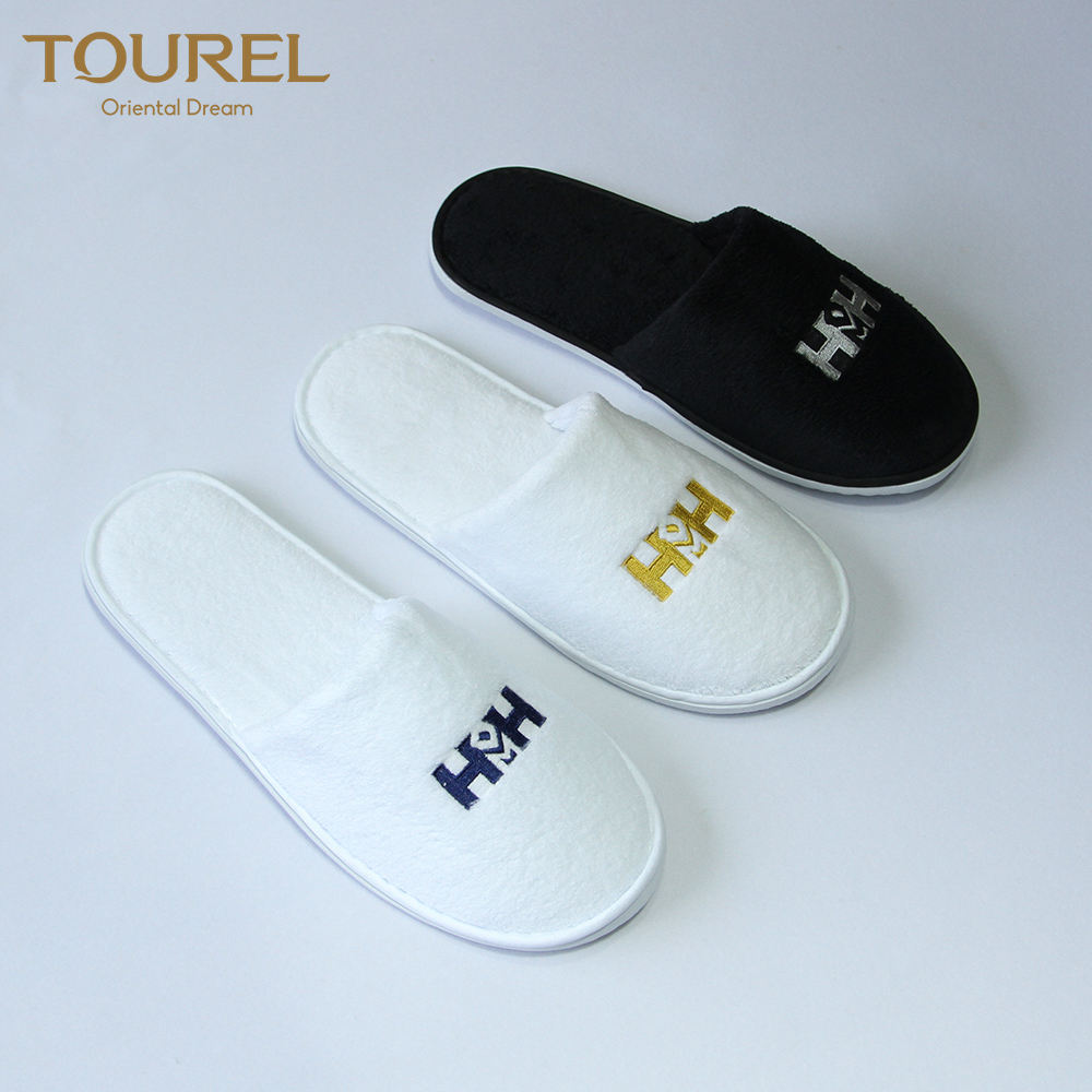 Eco friendly gifts velour coral fleece material hotel slipper with bag