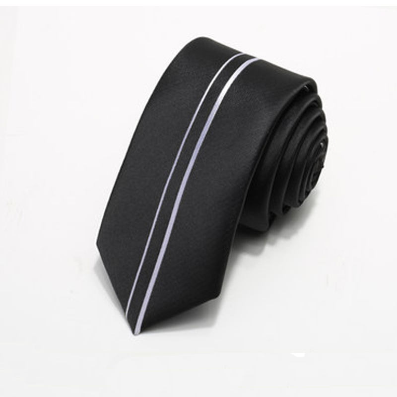 Custom design famous brand mens beautiful silk knitted ties with logo