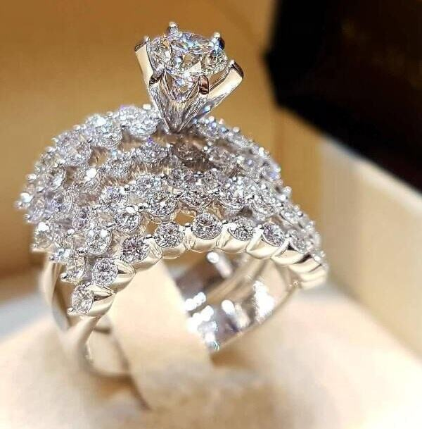 Luxury Crystal Female Big Stone Ring Set Fashion Queen Bridal Wedding Rings For Women Promise Love Engagement Ring