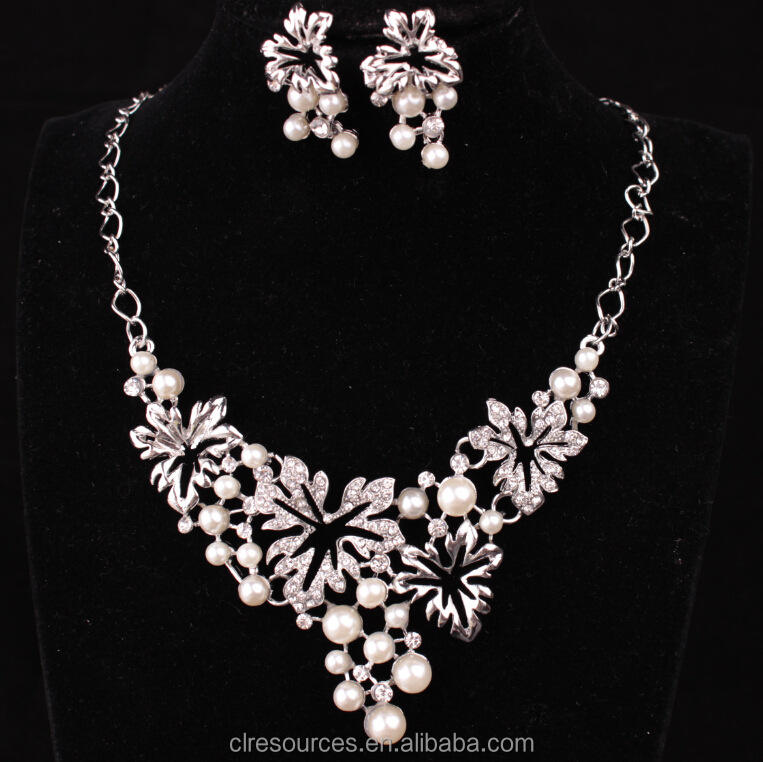 Fashion jewelry 2016 women most popular designer pearl jewelry set necklace and earring set