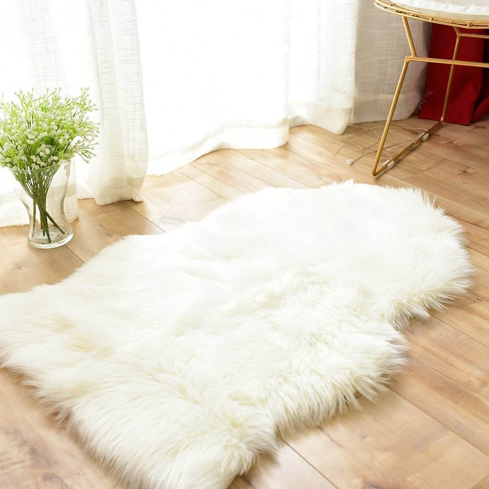 Luxury Soft Faux Sheepskin Fur Area Rugs for Bedside Floor Mat
