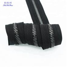 Long Chain Metal Teeth Zipper Roll As Brass Zipper For Handbags