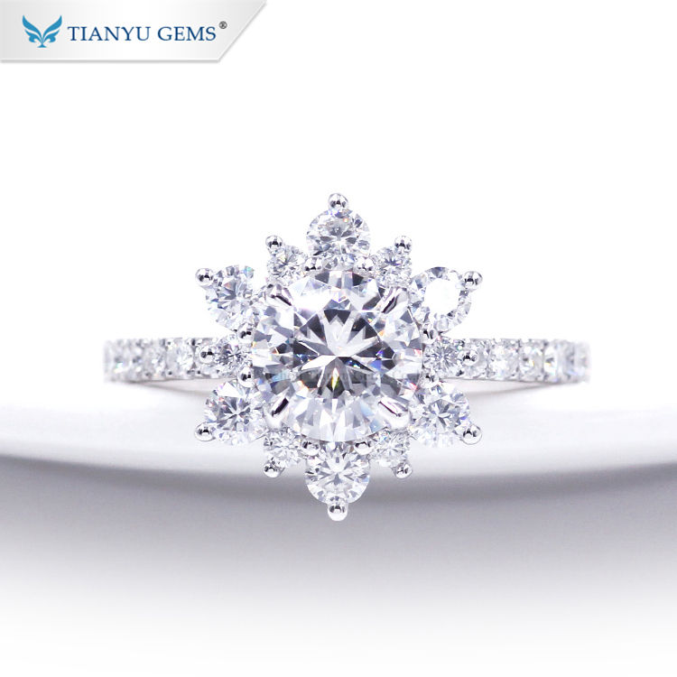 Tianyu Gem 1ct moissanite gemstone sun flower shape pop white gold engagement rings