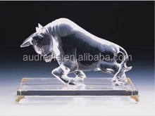 custom K9 crystal glass bull award souvenirs