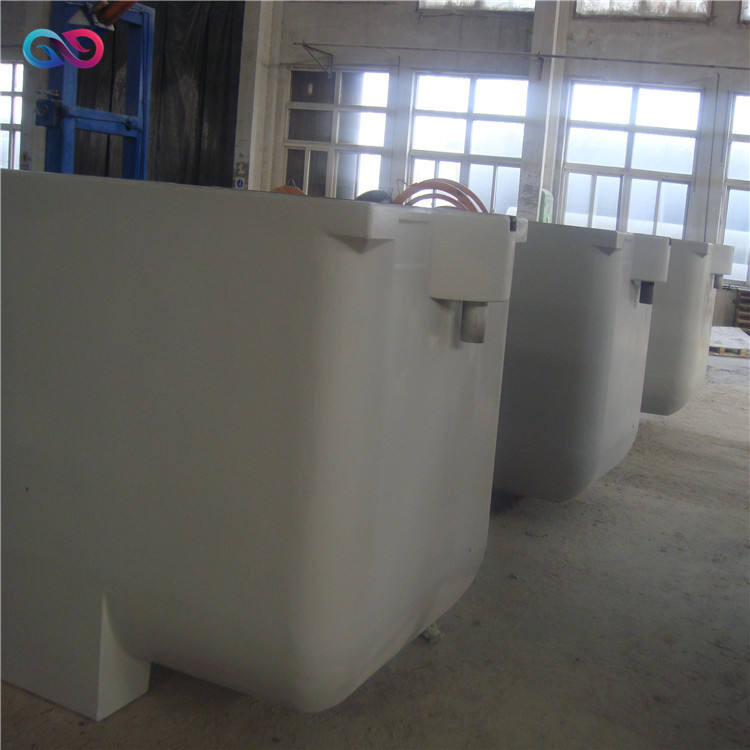 electrolytic pickling tank of electroplating equipment