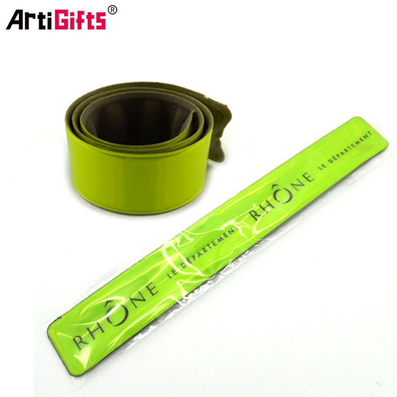 Promotional reflective tapa wrist band