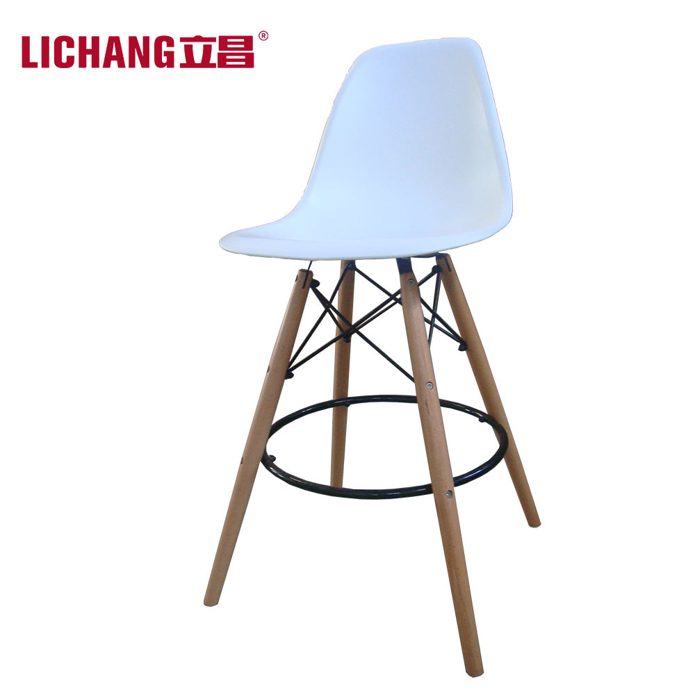 pp seat dining chair with beech wooden legs plastic bar stool hot selling bar chaise en France