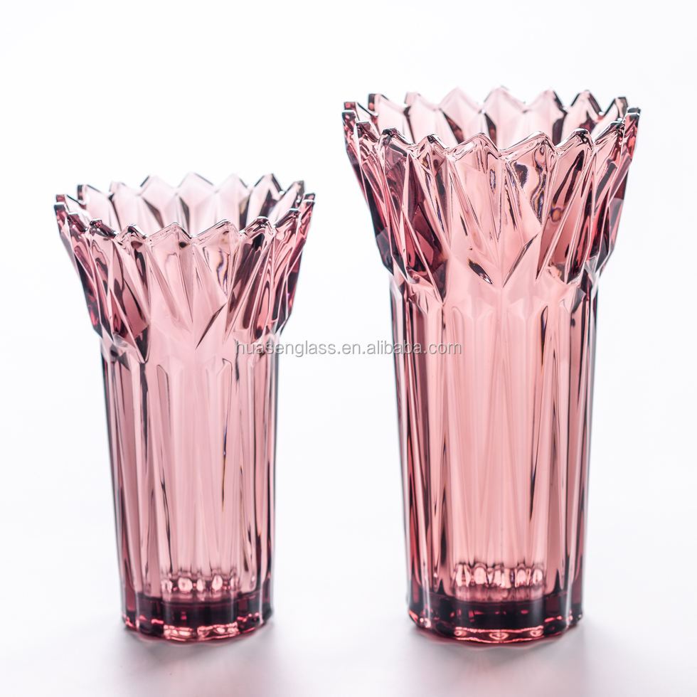 Wholesale cheap home wedding decoration crystal colored red tall glass vases with trumpet flower shape mouth