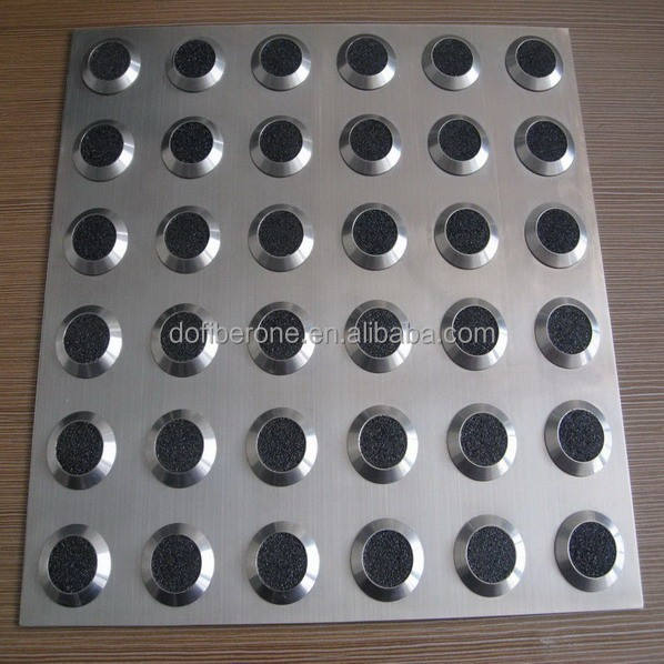 Messing aluminium PU PVC rubber tactile stud en indicator pad <span class=keywords><strong>tegel</strong></span>