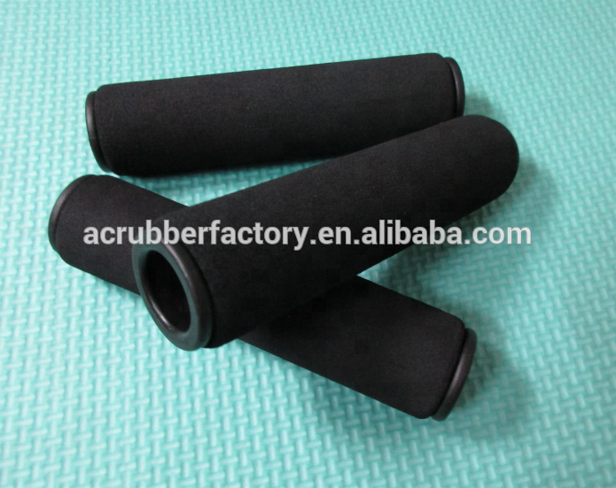 17.5 x 30 x 124 rubber foam grip with a plastic tube inserted rubber handle for dumbbell rubber grip 22 mm pole pet lead grips