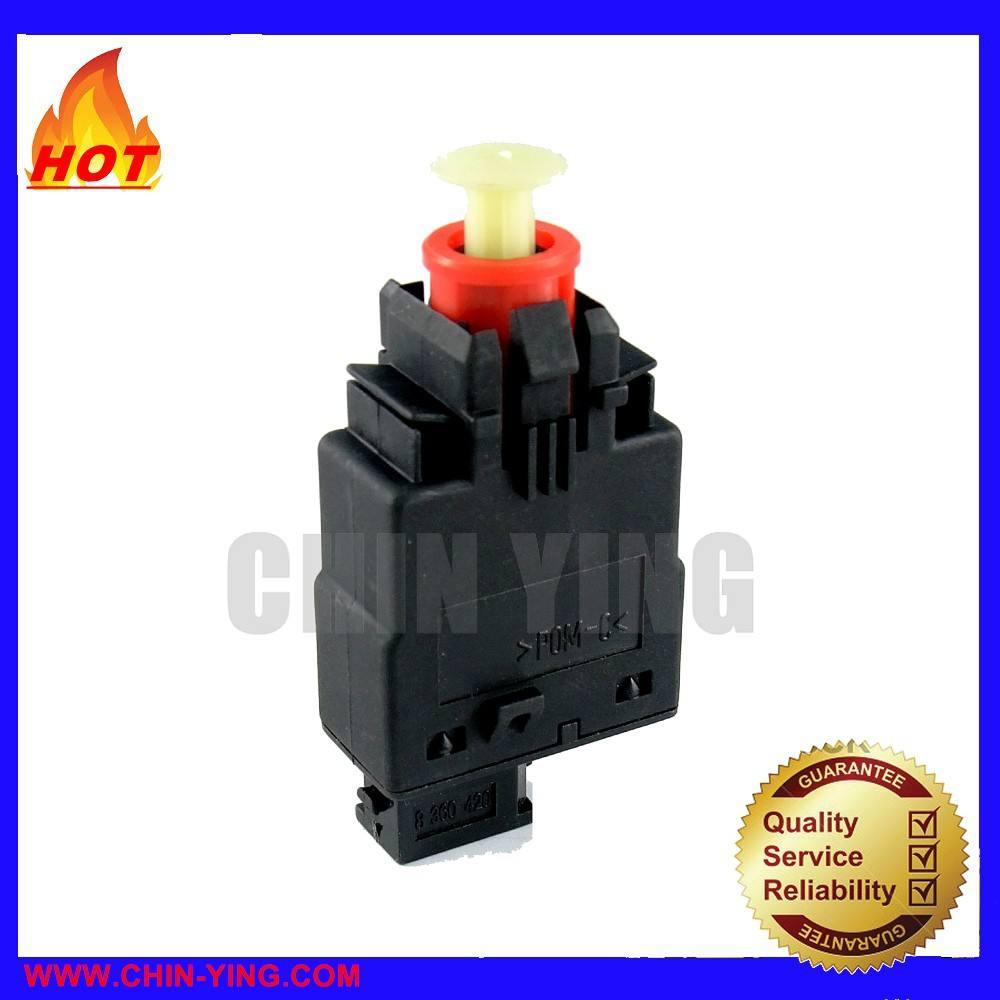 URO Parts 61318360420 Brake Light Switch