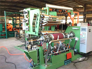 Fully-automatic tyre building machine