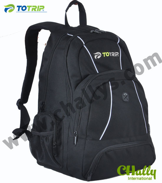 Top features nylon black travel bagpack