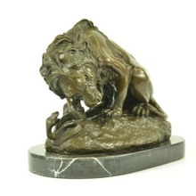 Factory custom made handmade carved hot new products resin marble lion statue