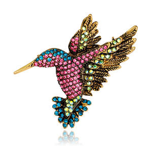 Inspiration bijoux diamant simulation colibri broche