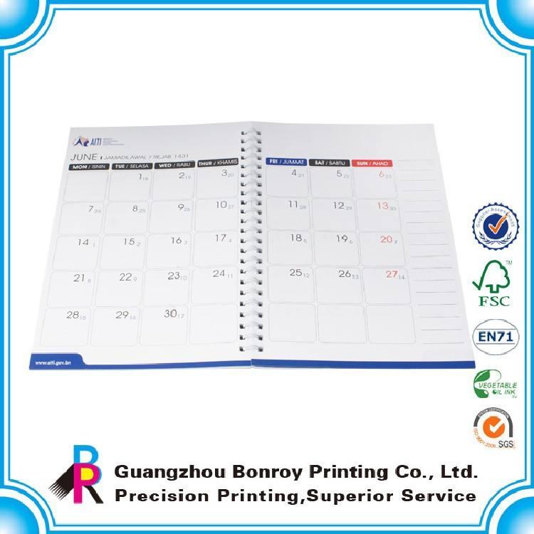2015 chine impression personnalisée gros année personnalisé coloré designe bureau planificateur <span class=keywords><strong>calendrier</strong></span>
