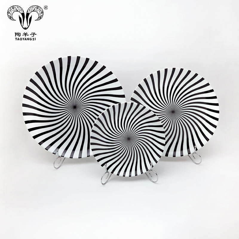 Magic novelty porcelain plate black and white ceramic plate 3pcs creative ceramic plate