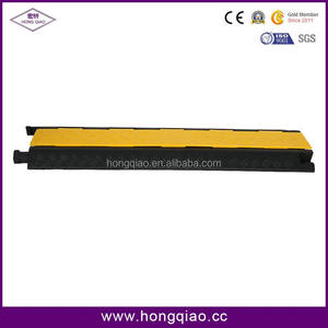 HONGQIAO Factory Durable 2 Channel Rubber Road Cable Protector