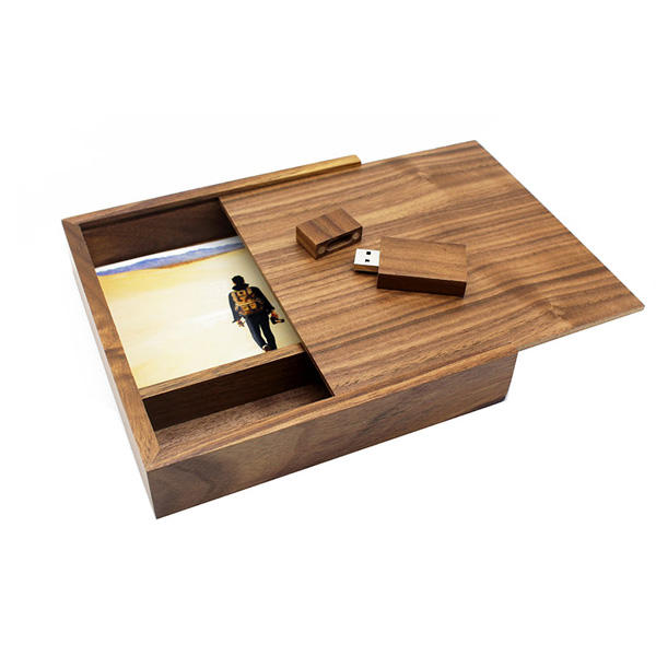 "Pernikahan Kayu USB Flash Drive 2.0 3.0 Terukir Logo Kustom 4 ""X 6"" Kayu Walnut Photo Box"