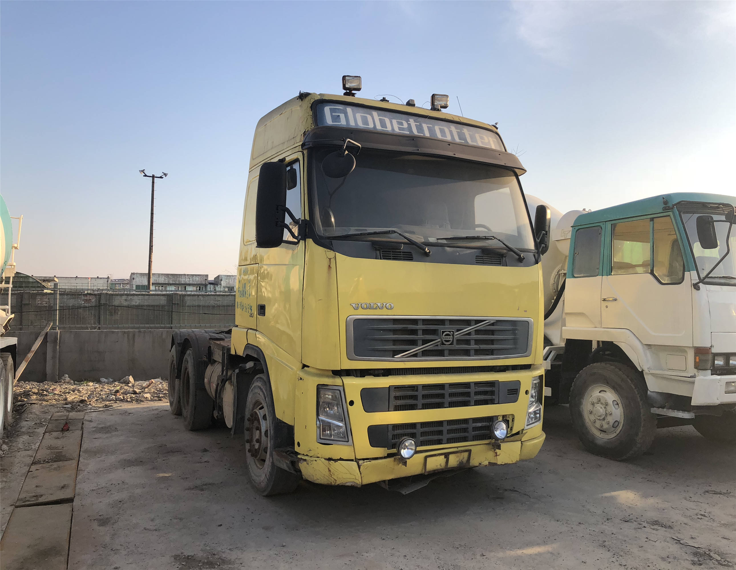 Germany Volvo Truck Tractor 6x4 Good Condition Volvo Trailer Truck Head Volvo Trailer Tractor